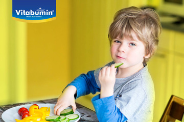 Berikan Makanan Sehat Untuk Anak dan Batasi Konsumsi Pangan Manis, Asin, dan Berlemak