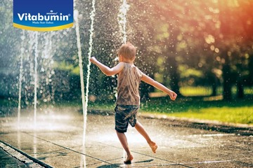 Belajar Banyak Hanya Dari Permainan Air. Bunda, Ayo Ajak Si Kecil Bermain Air!